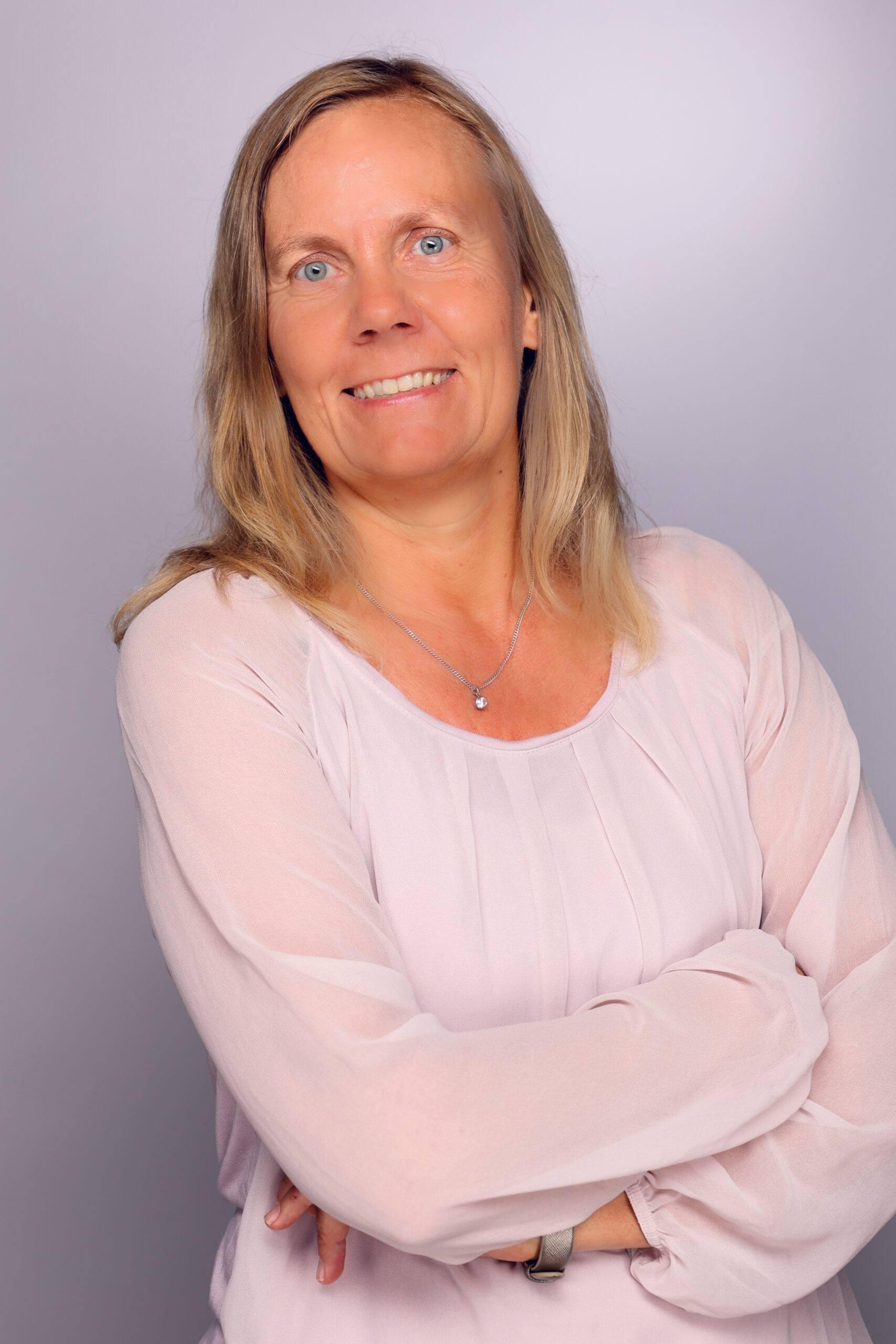 Porträt Ulrike Hinzmann Oberkörper